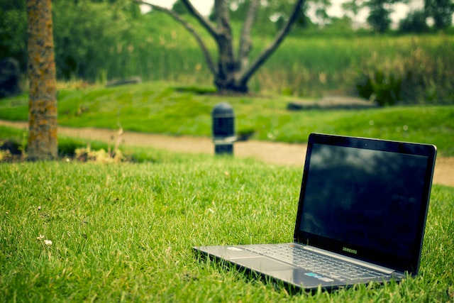 digital-nomad-eco-environment-3129